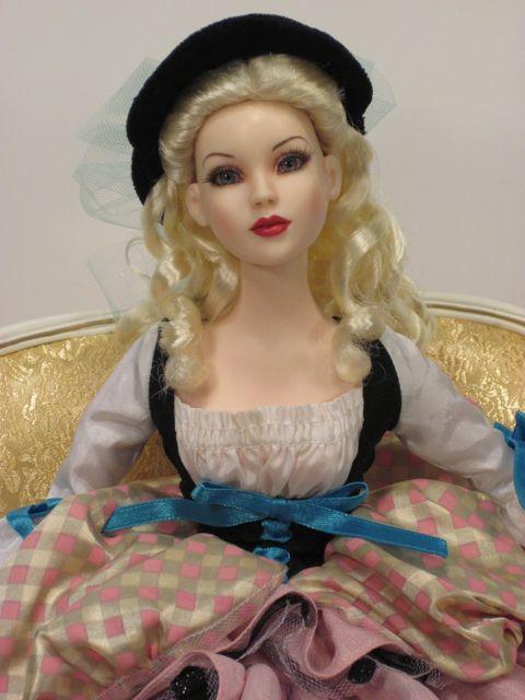 Tonner-Lady-G-Cinderella