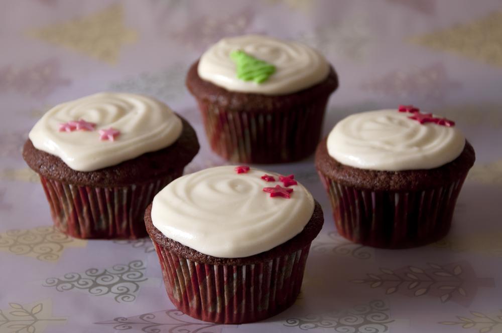 Cupcakes red velvet catcakes reposter a creativa - Ingredientes reposteria creativa ...