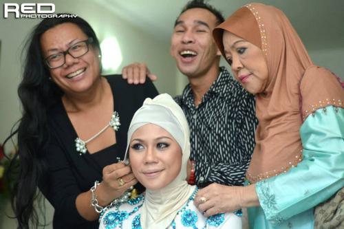 Gambar Solekan Hani Nur Zara - Anak Julie Dahlan Semasa Majlis Pernikahan