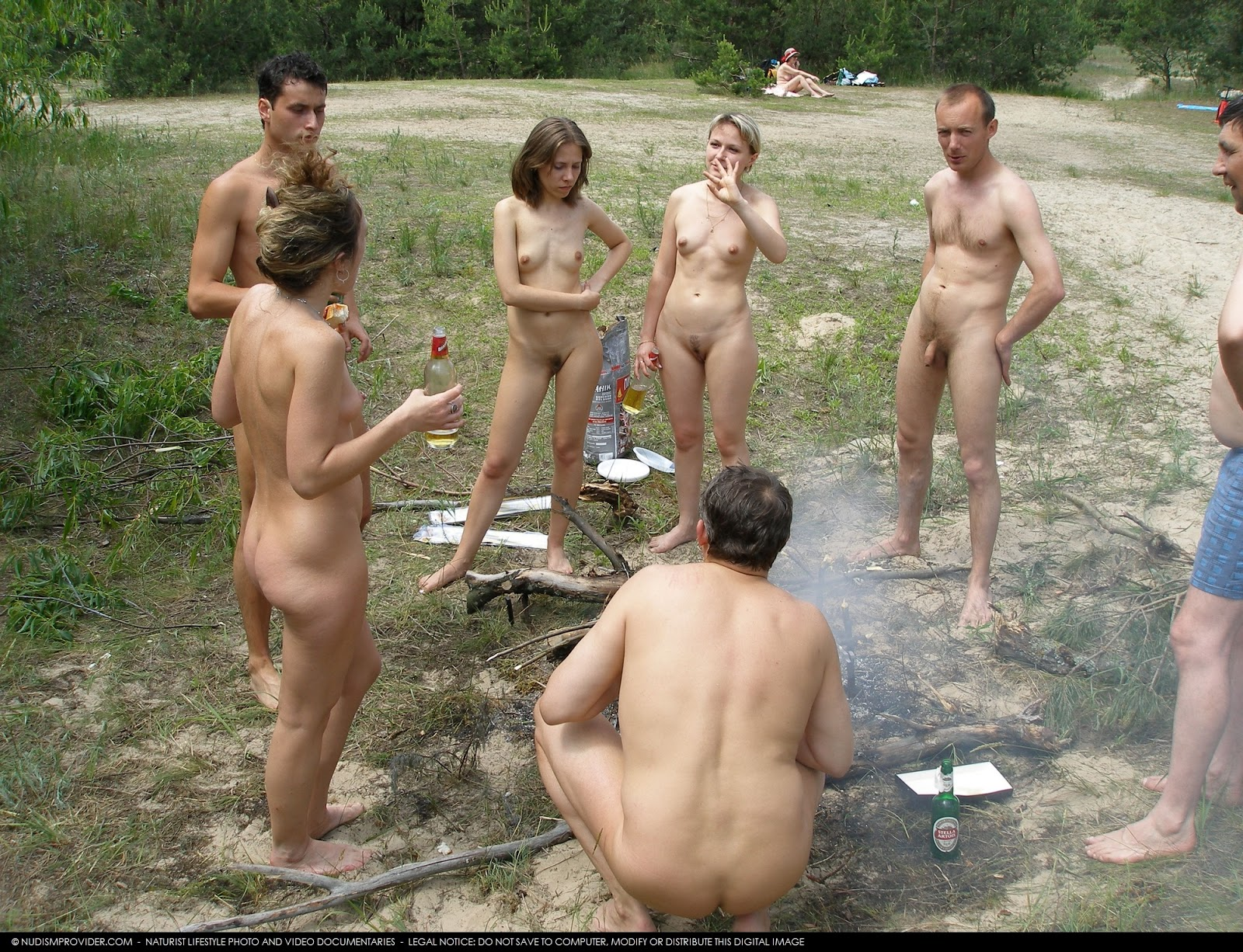 Семейный нудистов фото