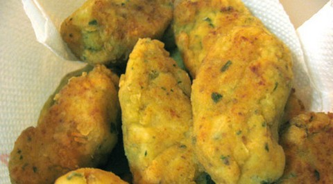 Fried Cauliflower Balls with Grated Bread and Parsley