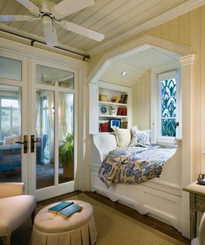 Bed in alcove home decorating ideas for Alcove ideas decoration