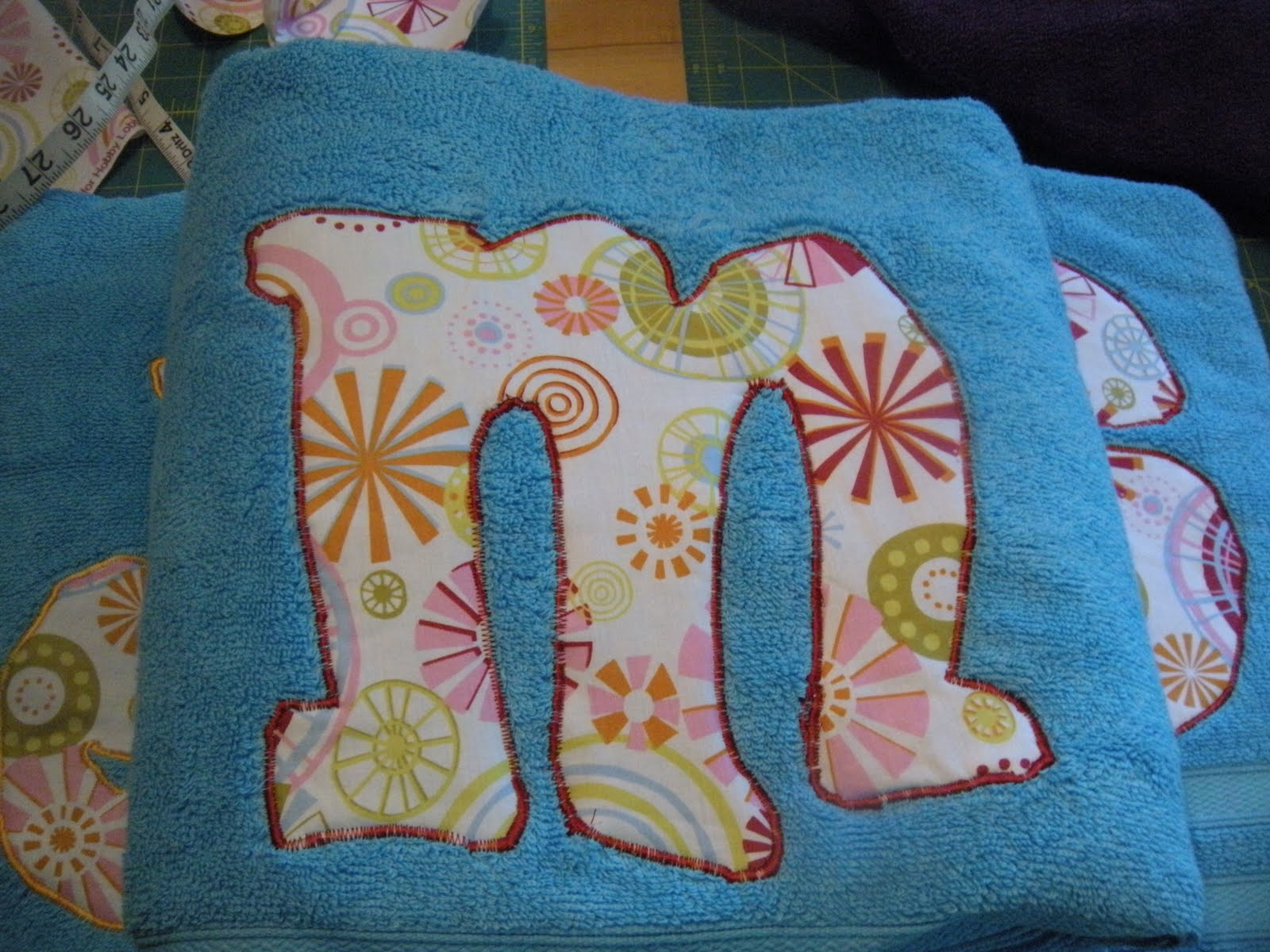 Make it yourself: applique the grad!
