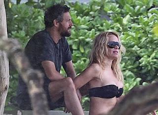 Pamela Anderson, Hawaiian Beach, Pamela Anderson Bikini