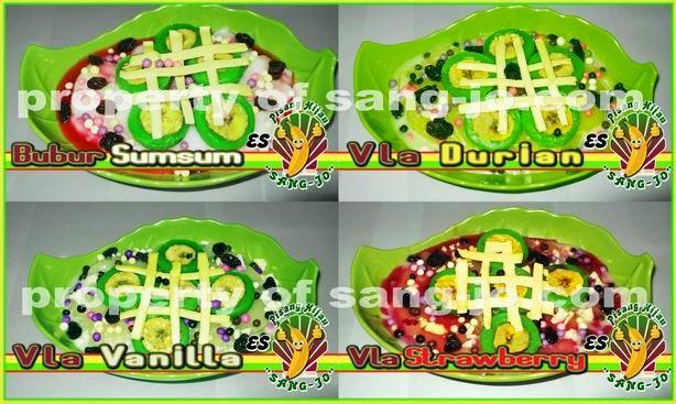 es pisang hijau dengan bubur sumsum, vla durian, vla strawberry, vla vanilla