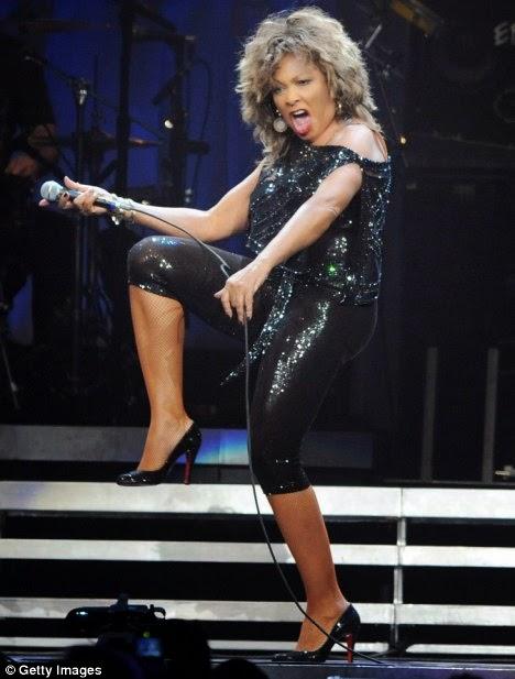 Revolusi Ilmiah - Aksi Tina Turner