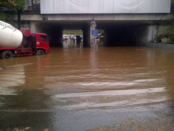 Jakarta Diguyur Hujan, Kolong Landmark Dukuh Atas Tergenang