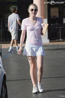 Hot Model Dakota Fanning Photo picture collection 2012