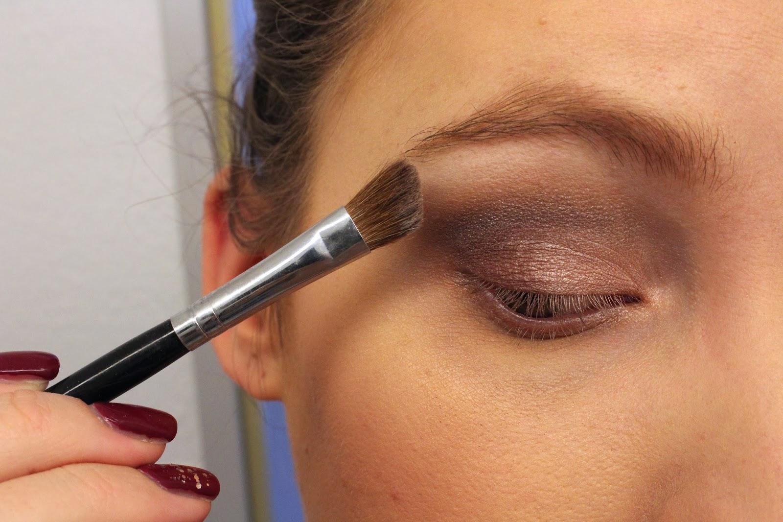 mac-eye-makeup-look-19