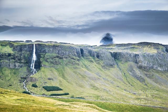 honeymoon-iceland-kirkjufell-snefellsjokull-volcano-37
