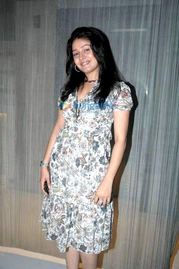 Femdom cross dress