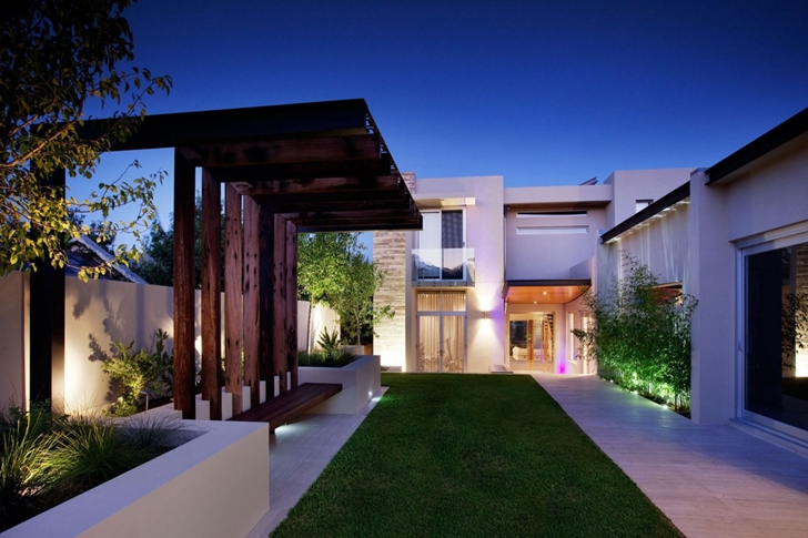 Modern backyard by ritz exterior design australia Modern backyards