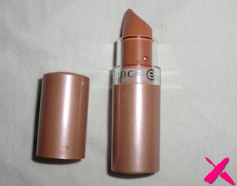 Essence nude lipstick