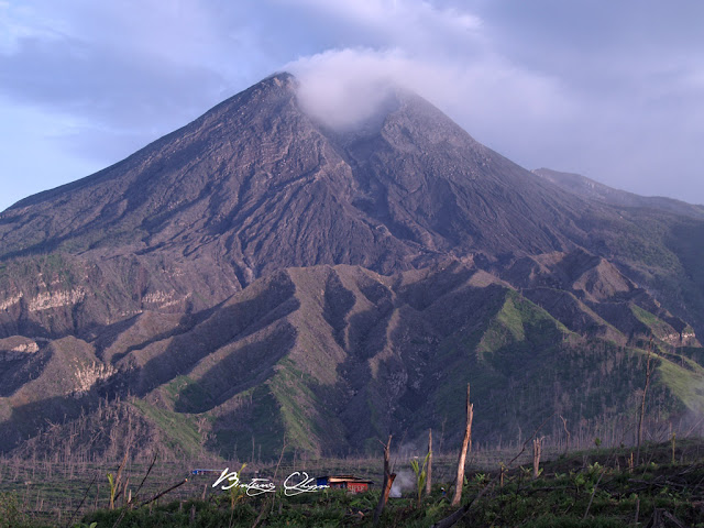 Gunung Merapi Meletus  www.imgkid.com  The Image Kid Has It!