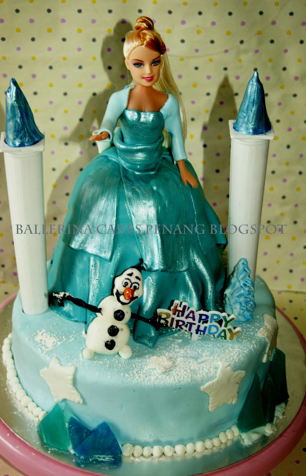 Elsa Disney Frozen Cake. Demo Class 18 oct 2014
