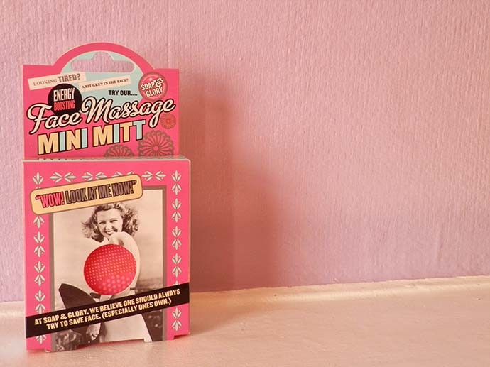 Soap and Glory Energy Boosting Face Massage Mini Mitt from Boots cosmetics