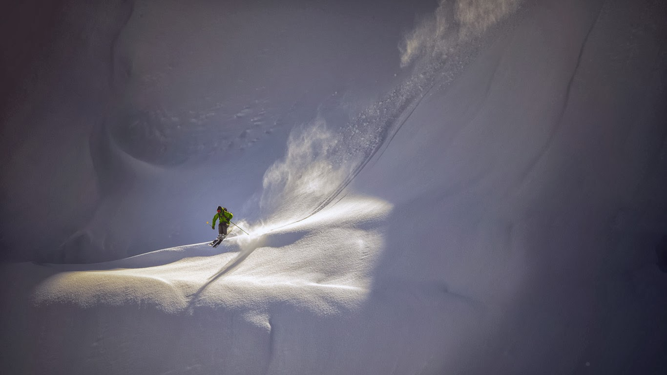 Backcountry skier near Mt. Baker Ski Area, North Cascades National Park, Washington (© Jay Goodrich/Tandem Stock) 334