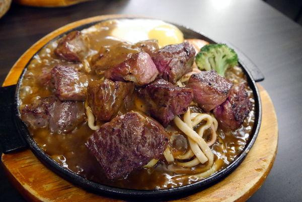 虎尾-王牪牛排,超值199元的九盎司厚切牛排