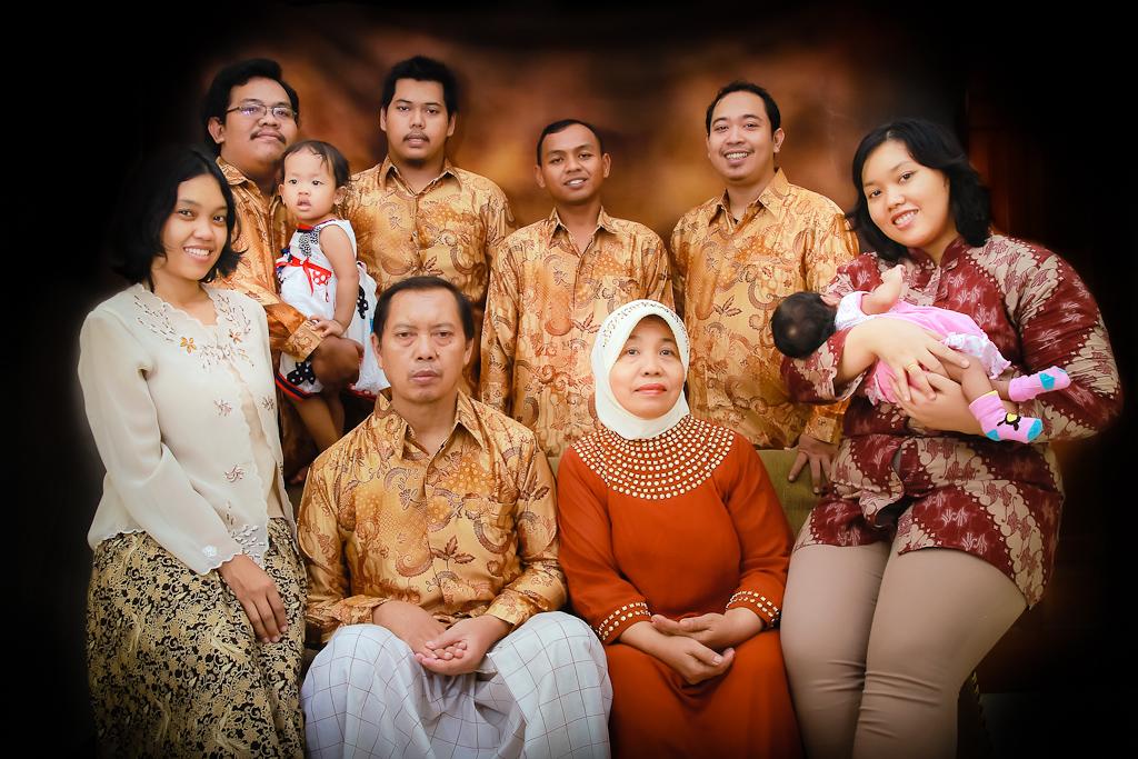 foto keluarga indoor