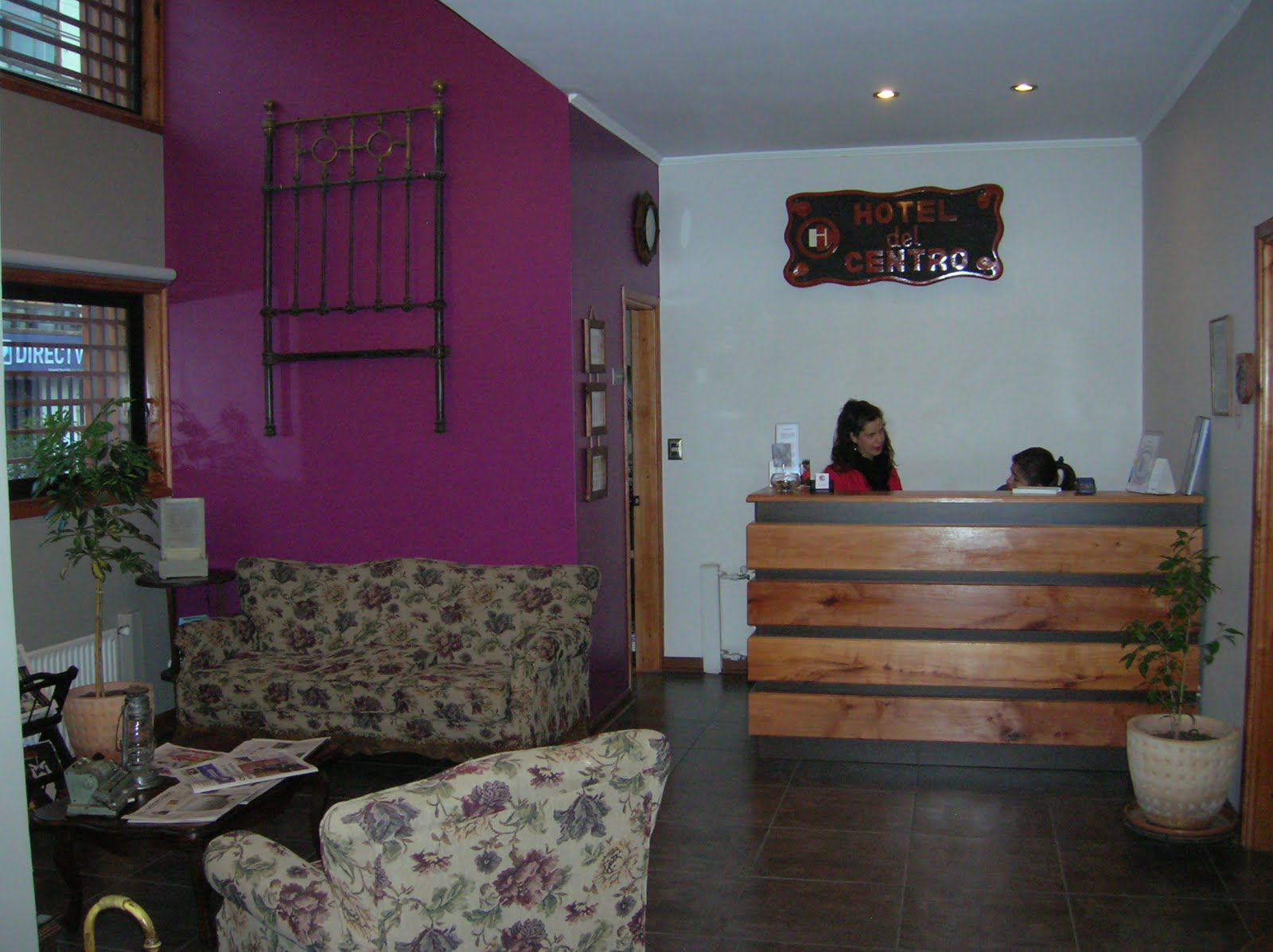 Recepción hotel Del Centro, Los Angeles, Chile, vuelta al mundo, round the world, La vuelta al mundo de Asun y Ricardo