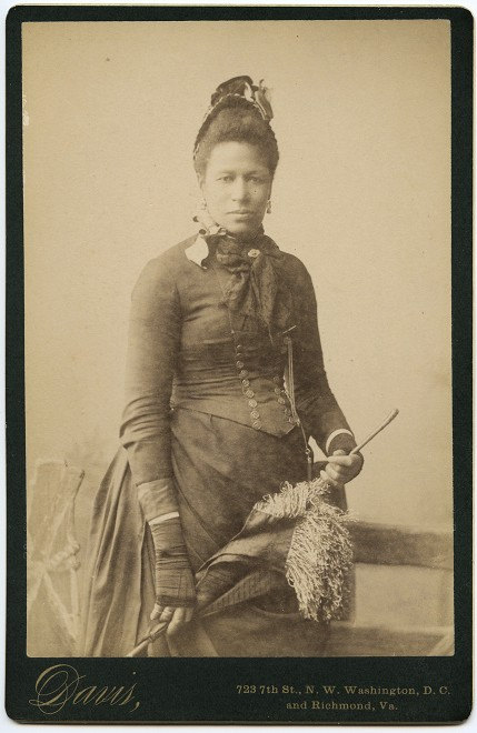 African American Women Fashion And Photographs