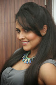 Anasuya latest sizzling photos-thumbnail-5
