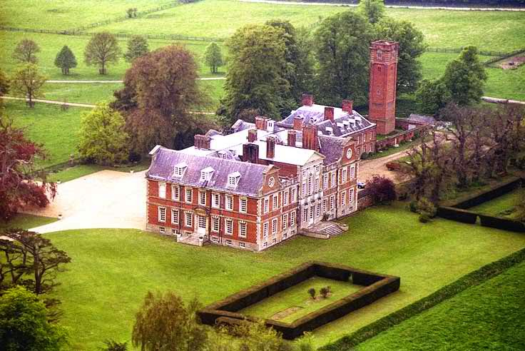 Raynham Hall - haunted place ranked 10th