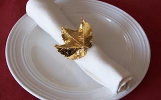 porta guardanapo, decoração, folhas douradas, réveillon