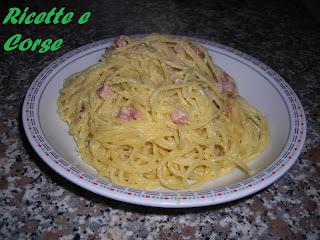 spaghetti alla carbonara con la ricetta del geometra (un amico)