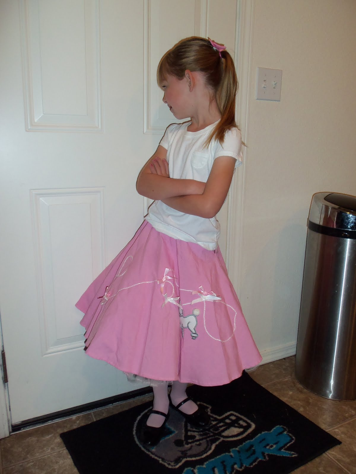 50s Hairstyles Poodle Skirt Had a poodle skirt that