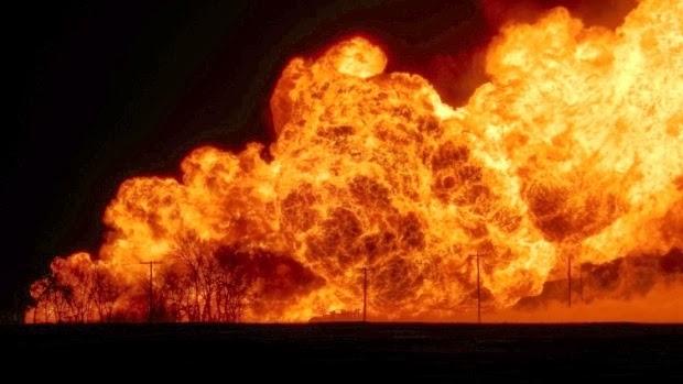 http://www.cbc.ca/news/canada/manitoba/natural-gas-pipeline-explodes-near-otterburne-man-1.2510873