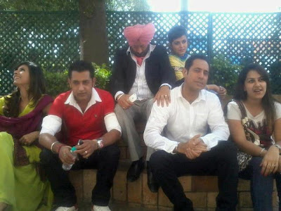 Gippy Grewal With Team On The Set Of Carry On Jatta