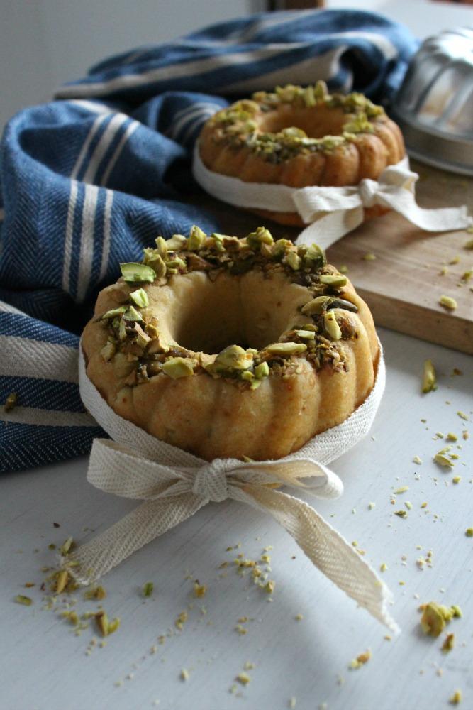 mini bundt cake con patate dolci e pistacchi per ventura #topblogger - sweet potato and pistachio bundt cake
