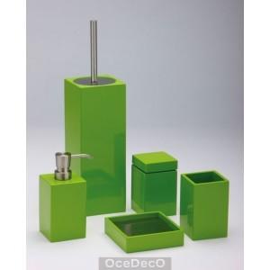 Pufym s blog decorar con verde que te quiero verde for Accesorios bano verde
