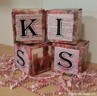 http://www.upcycleddesignlab.com/2016/01/valentine-love-blocks-gift-boxes-upcycled-.html