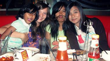 Mina, me, Abby, Ieka :)