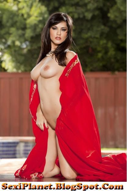 Sunny Leone Pleted Nude In Hot Red Sari