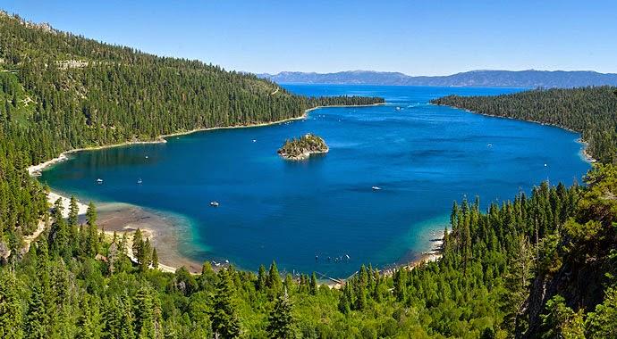 USA, sierra nevada: La faune du lac Tahoé, le plus grand lac alpin d'Amérique du Nord se meurt à un rythme effrayant Lake-Tahoe-Summer-Emerald-Bay