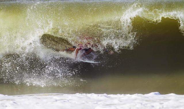 29 2014 Moche Rip Curl Pro Portugal Kelly Slater 9 Foto ASP Damien%2B Poullenot Aquashot