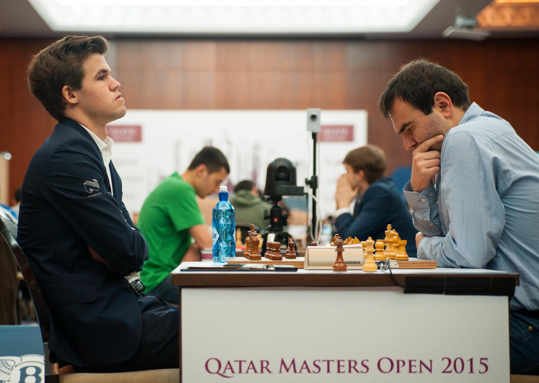 Ronde 8 : Magnus Carlsen bat Shakhriyar Mamedyarov en 25 coups et rencontrera Vladimir Kramnik avec les blancs pour la dernière ronde - Photo © Alla Oborina
