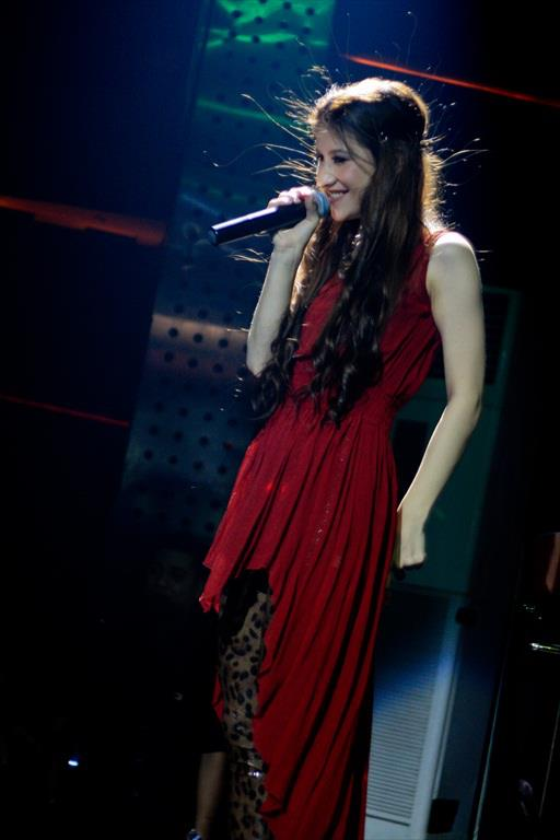 Kumpulan Foto Millane Fernandez Live Concert