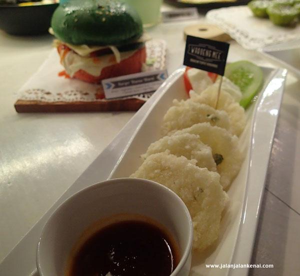 waroeng mee, tempat nongkrong asyik di Jakarta Pusat, Kuliner enak di jakarta, tempat nongkrong jakarta