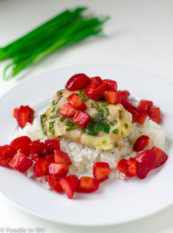 Click for Recipe for Fresh Oregano and Chive Crusted Chicken with Fresh Strawberry Relish