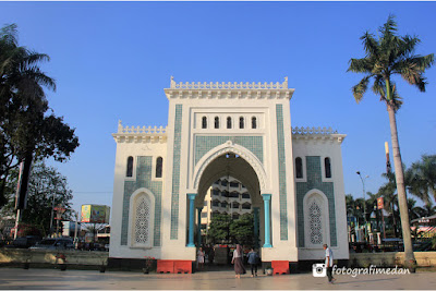 gerbang masuk masjid raya fotografi medan