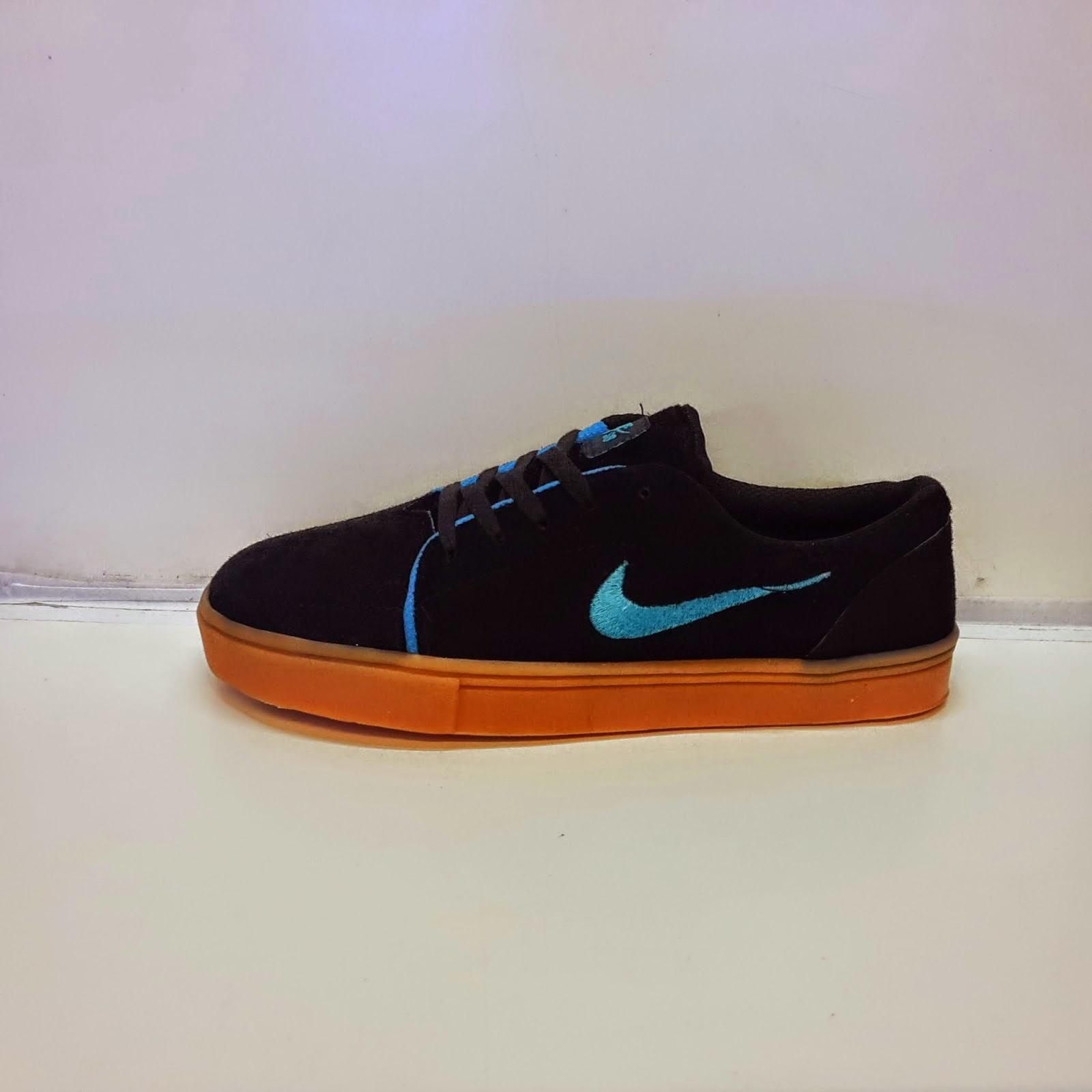 Sepatu Sekolah Anak Warna Hitam