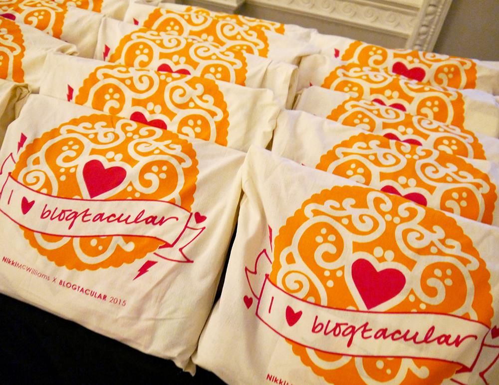 Blogtacular, Nikki McWilliams, biscuit, tote bag, screen print, DIY, goodie bag. blogger, event, London
