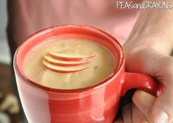 Creamy Potato Apple Brie Soup... in the #crockpot!