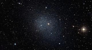 http://2.bp.blogspot.com/-V2HRqaj5cec/Unk2D2cWV9I/AAAAAAAAEnU/l4HhqrZNOMU/s320/La+galassia+Fornax+dwarf.jpg