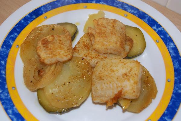 Pescado al horno cocinar en casa es - Como cocinar pescado al horno ...