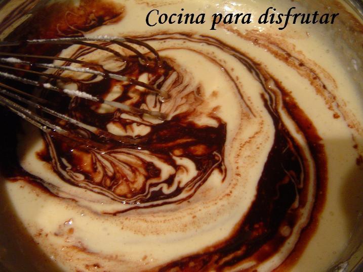 PASTEL DE CHOCOLATE 4 MINUTOS AL MICROONDAS